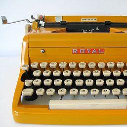 vintage royal typewriter #inspiration