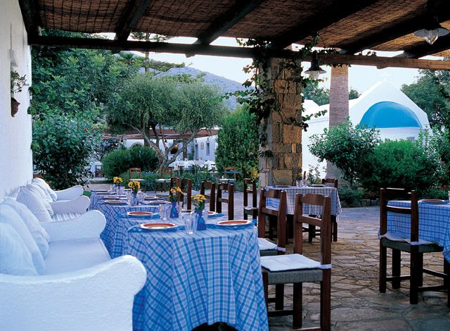 #Dining : #Restaurants : #Kafenion #Traditional #Greek #cuisine