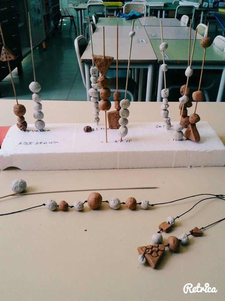 Collier africain argile autodurcissante fete des meres