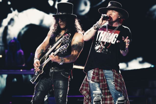 AXL ROSE's Reunion With SLASH Wasn't Motivated By Money, Says GUNS N' ROSES Guitarist RICHARD FORTUS