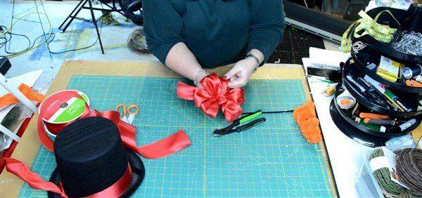 How To Make Deco Mesh Snowman Wreath | Snowman wreath