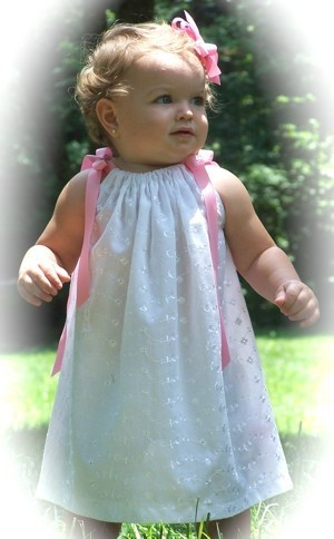 Pillowcase dressesFlower Girls Dresses, Dresses Adorable, Pillowcase Dresses, Cute Ideas, Pillowcases Dresses, Adorable Baby, Baby Girls, Eyelet Dresses, Pillowca Dresses
