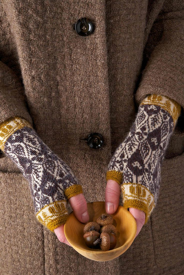Morning Thistle Fingerless Gloves/Mitts pattern by Martha Keep