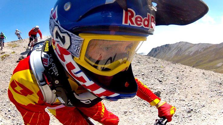 MTBler Aaron Chase und seine Kumpels jagen den Volcano Navado de Teluca in Mexico runter – aus einer Höhe von 15.000 Fuss! www.camforpro.com – unser Partner für GoPro und Special-Equipment!
