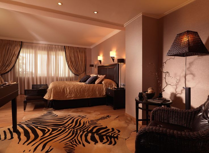 Luxurious Master Bedroom #PresidentialSuite701 #DivaniCaravel