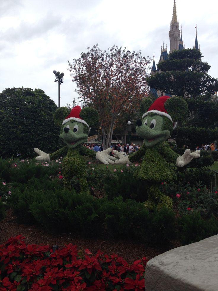 Mickey and Minnie ☺️ #waltdisneyworld