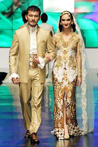 Wedding Kebaya 2012 By Anne Avantie