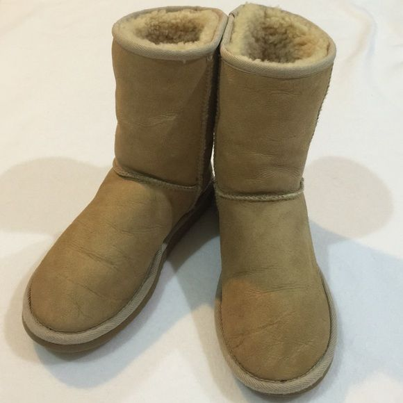 best way to clean black ugg boots
