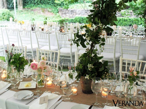Incorporate Nature... Natural elements (burlap, fragrant Jasmine, clay pots) mixed with the elegance of white, glass and candlelight.