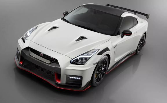 2020 Nissan Gt R Modified 50th Anniversary Edition Price And Features Fairwheels Nissan Group Nissan Gt R Nissan Gt Super Cars