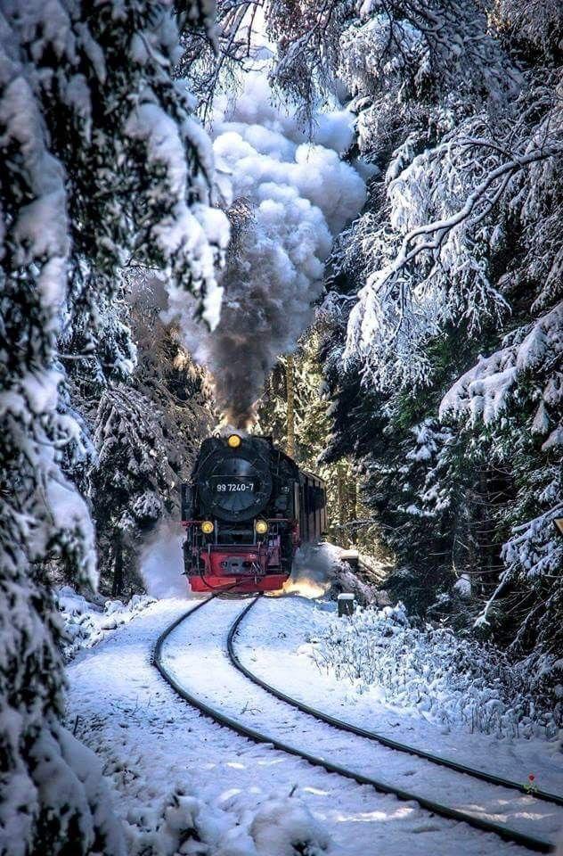 Открытка поездом