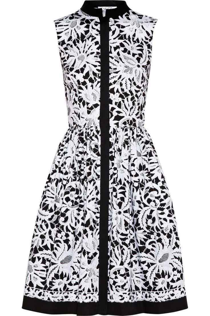 Graphic black and white floral lace #print shirt #dress by Oscar de la Renta.