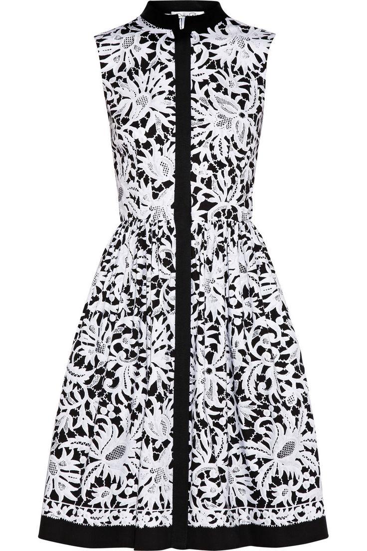 Graphic black and white floral lace #print shirt #dress by Oscar de la Renta.