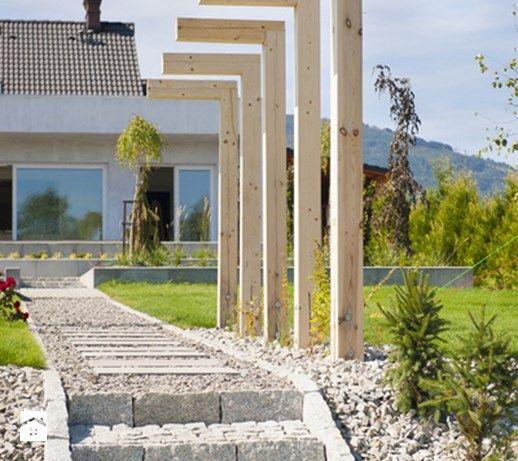 Ogród nowoczesny - Duży ogród za domem, styl nowoczesny - zdjęcie od Pracownia Projektowa Architektury Krajobrazu Januszówka