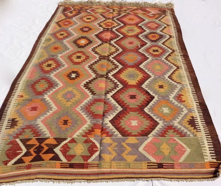 """Kilim rug from Antalya 8'7"""" x 5'2"""""""