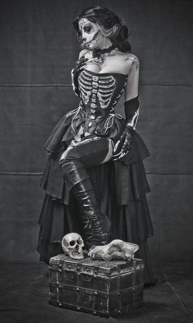 #goth #gothfashion #skeletondress Skeleton costume diy, Skel