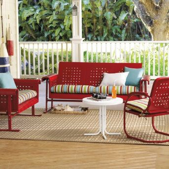 Retro Outdoor Furniture- Would love to have this for my screened porch!