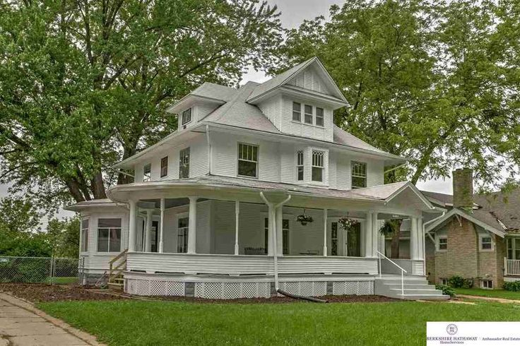 78 Best Images About American Foursquare Houses On