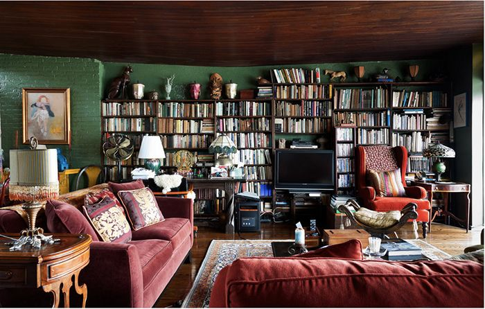Author Norman Mailer had a famously rocky domestic life — but his book-filled Brooklyn apartment reflects a cozy charm.