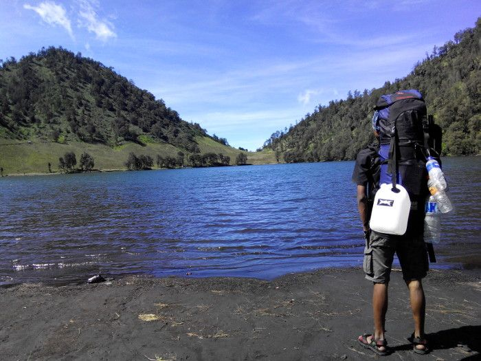 Ranu Kumbolo. Danau cantik pada ketinggian 2.400 mdpl Gunung Semeru, Jawa Timur