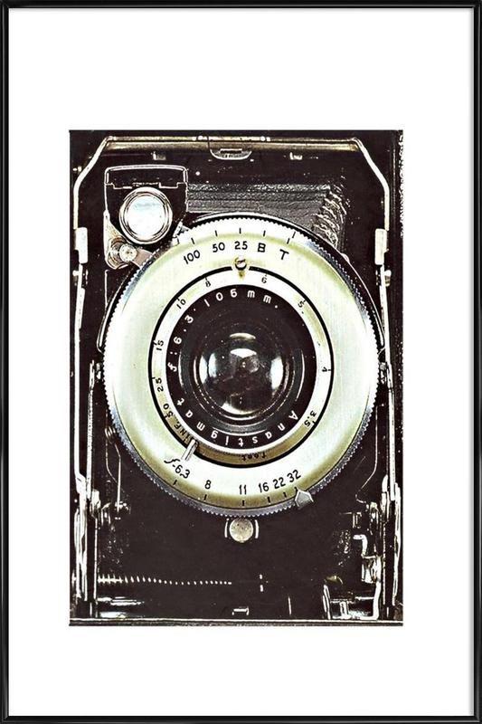 Smile vintage camera als Poster im Kunststoffrahmen | JUNIQE