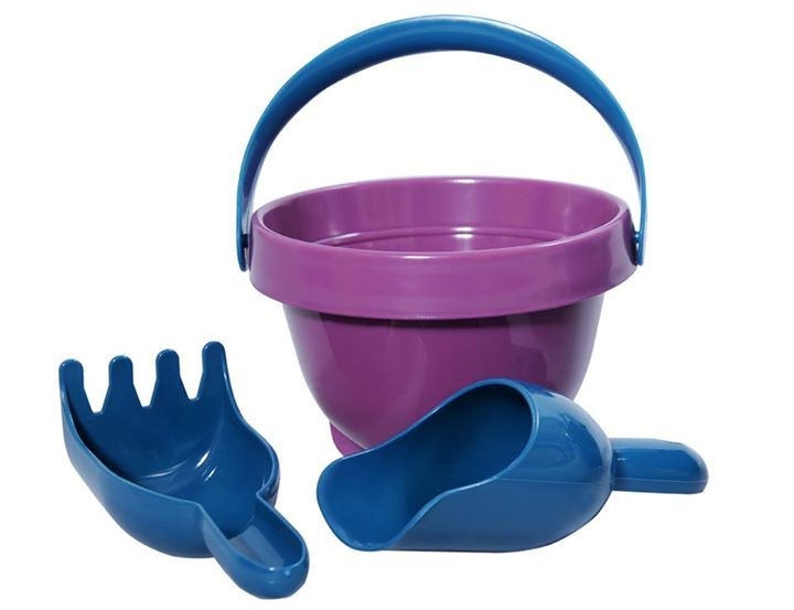 Looking for sand toys that have a negative footprint, that are made to last and are practical - Plasto does it again ...