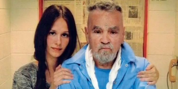'Charles Manson And I Are Going To Get Married' Prepare to Take America Back's photo: how sweet.. lol..http://www.huffingtonpost.com/2013/11/21/charles-manson-married-star-25-_n_4317253.html?ncid=txtlnkusaolp00000592