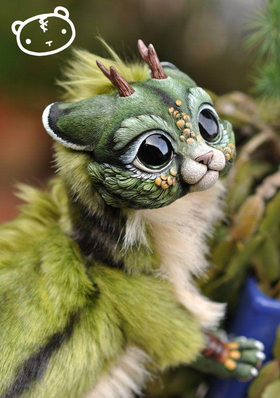 Forest Chibi Dragon Spirit  Poseable art doll por LisaToms en Etsy