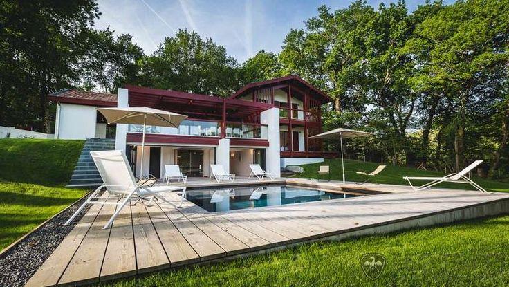 http://www.leotrippi.com/en/luxury-villas/france/biarritz/biar3129.html #luxury #villa #france