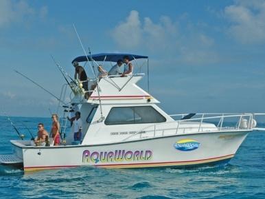 6 horas de Pesca en Cancún en mar abierto en charter privado con Aquaworld