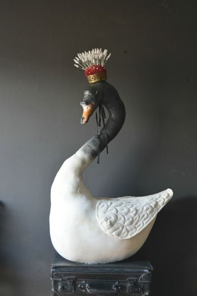 Click to enlarge image Swan-crown-small.jpg