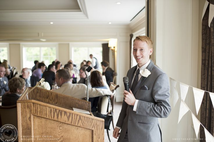 Bride's brother saying his wedding speech at the Oakville Golf Club. Oakville wedding photographer #sweetheartempirephotography
