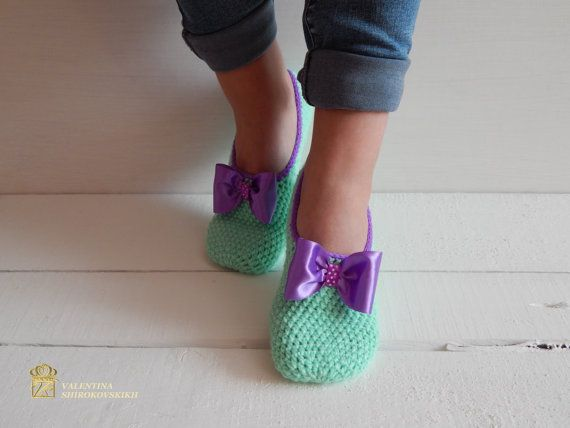 Hey, I found this really awesome Etsy listing at https://www.etsy.com/ru/listing/253040825/woman-slipper-socks-crochet-slippers