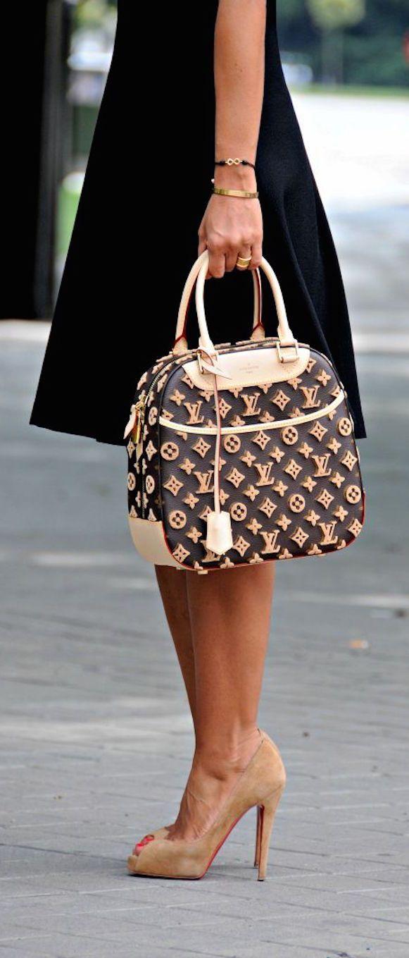 (70) Louis Vuitton | Bag it up. I'll take it! | Pinterest