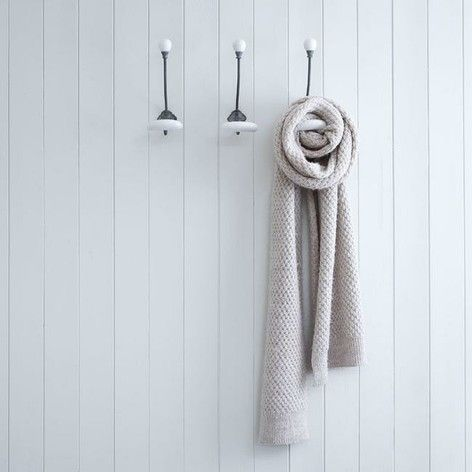 7 best images about bathroom on pinterest ceramics shelves and hooks for Ceramic towel hooks for bathrooms