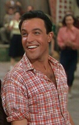 Summer Stock! Great classic musical! | Gene Kelly, love his smile!