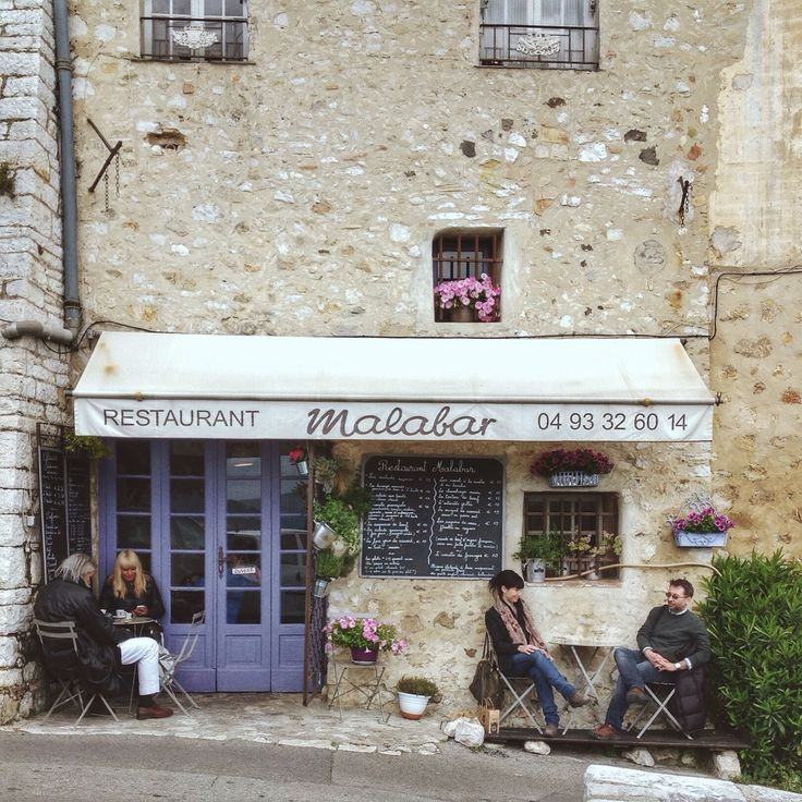 Little street restaurant in Saint Paul De Vence