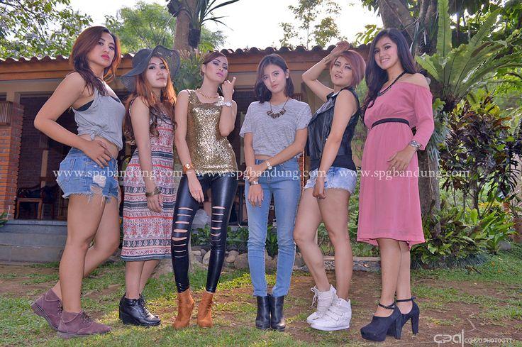 Model Bandung dalam Workshop bersama mahasiswa DKV UEU - agency spg bandung, agency model bandung, hotel cipaku bandung, wahana agency, foto model bandung