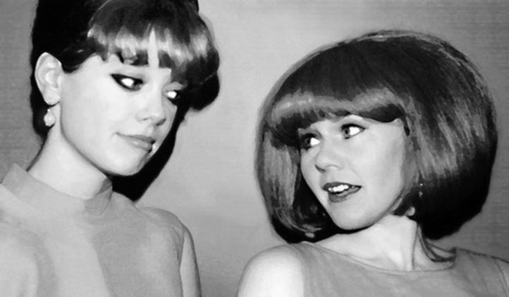Kate Pierson and Cindy Wilson.