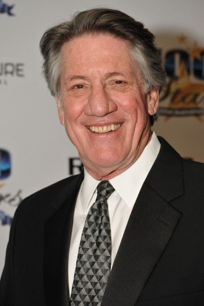 Former General Hospital Actor Stephen Macht Heads to Suits #GH #Suits