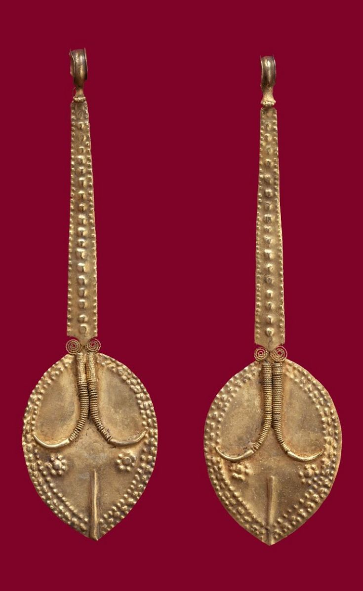Indonesia ~ Nias Island | Pair of ear ornaments; gold | Late 19th century ||| {GPA}