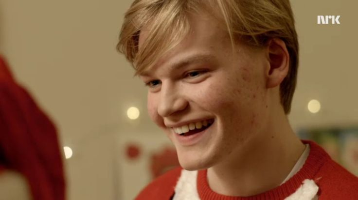 "i cant believe magnus said ""ive never fucked before but im really keen on fucking"" and vilde said you can fuck me!!!!!! WHO ARE THEY LOVE AINT DEAD also look how cute he isbdjfjfk"