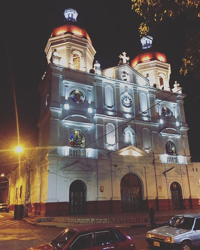 """""""Loving this church located in Rio Negro, Colombia. It is actually where my dad was born."""" by (joserendon0). instago #igtravel #medellin #fun #rionegro #holiday #antioquia #tourism #instatravel #instatraveling #photooftheday #travel #colombia #travelling #instagood #travelingram #tourist #iglesia #church #mytravelgram #travelgram #instapassport. [Follow us on Twitter at www.twitter.com/MICEFXsolutions for more...]"""