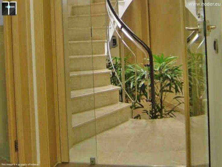 Hoder - schody kamienne korytarz #kamień #schody #granit #marmur #wnętrza #interior #design #office #hallway #marble #granite