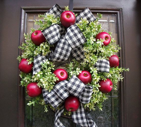 Williamsburg Wreath, Fall Wreaths, Boxwood Wreaths, Kitchen Wreaths, Door Wreaths, Apple Kitchen Decor, Apple Wreaths on Etsy, $148.00