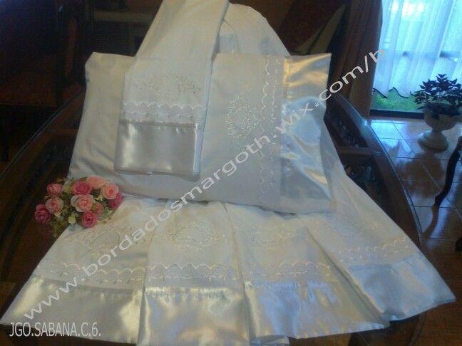 Juegos de sabanas bordadas en telas de 200 hilos con bordados exclusivos. 99202957 - 45-2324595.