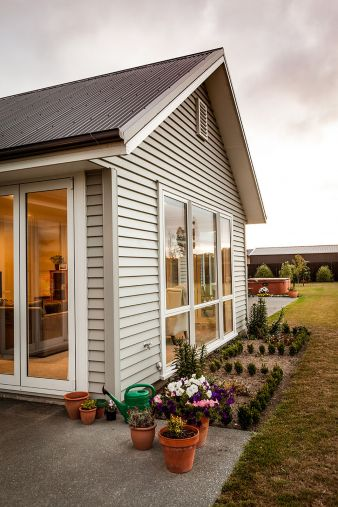 Envira timber weatherboards - lovely, spacious new home.  #Niagara #Envira #Timber #Ashburton #Invercargill #Southland #Weatherboards #Cladding #Bevelback #Rusticated #Linea #Wooden weatherboards #Fullyspecified #Fascia #Laminated posts #Scribers #Windowsills #Mouldings #Box corners #Corner soakers #Cavitybattens #Shiplap #Skirting boards #Architraves #Compositedecking #TimberTech #Splinterfree #Deckingoptions