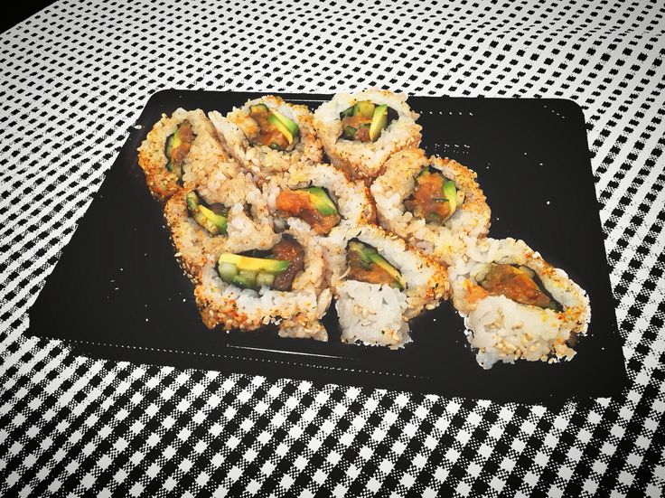 Good Dinner  #myhome #sushi #sushitime #sushilovers #sushiaddict #good #eat #food #foodblog #foodphotography #rice #spicy #tonno #avocado #sesame #iphone6 #ilovephotography #i_lovephoto #kiss #followers #likeforlike #socialnetwork #pinterest #instagram #swarm #tumblr #twitter #evening #good #GoodDinner #hashtag #followme #city #milan