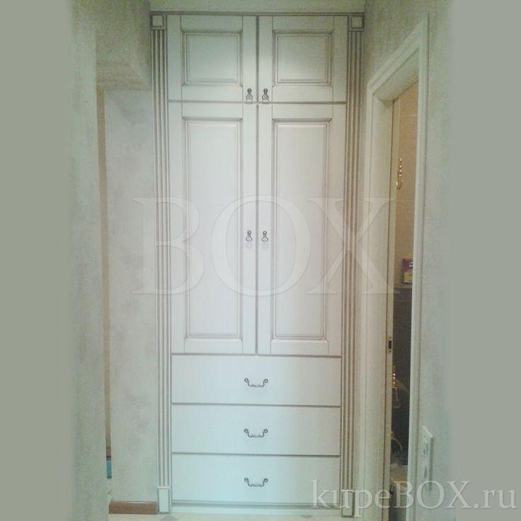 Встроенный шкаф в классическом стиле