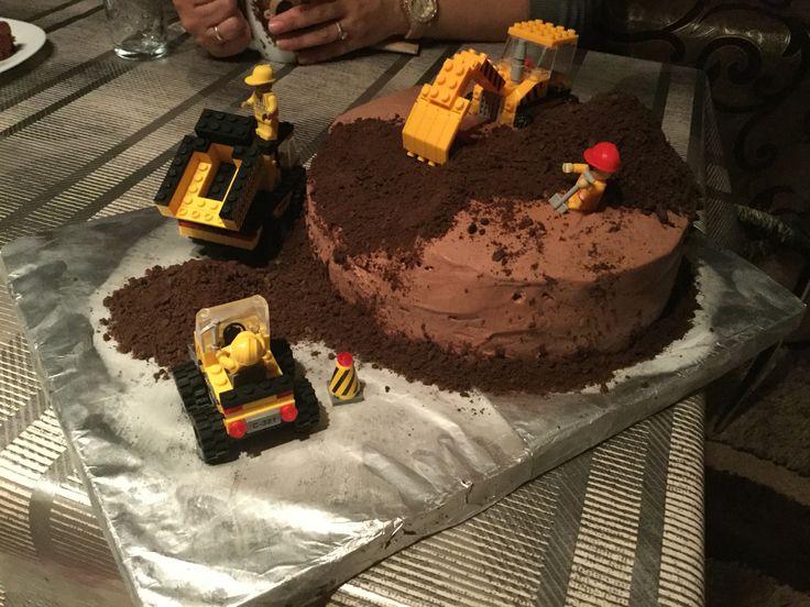 Construction cake.
